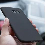 Coque protection fine en silicone souple noir Samsung S7